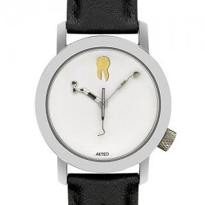 coolinarium-shop-3137-akteo-armbanduhr-zahnarzt